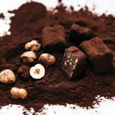Neu: Schokoladentrüffel, Schokoladenkonfekt und Mandelgebäck