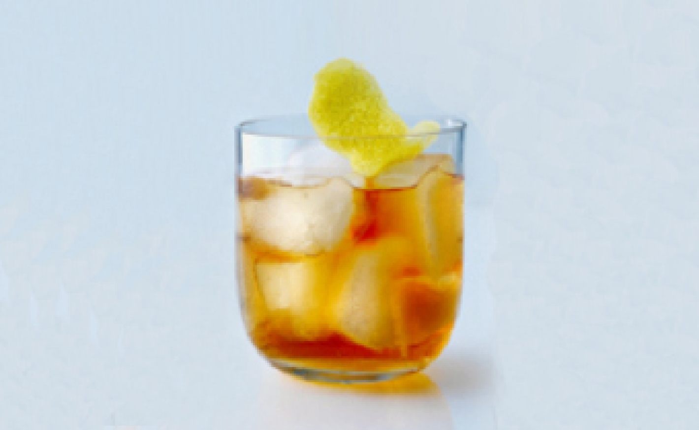 Apfelbowle mit Zitronenthymian